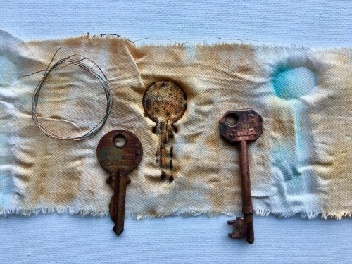 rust dyeing, keys